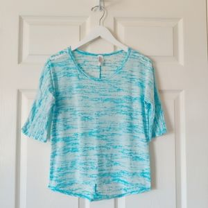 Discreet dolman high low burnout tee sz PL